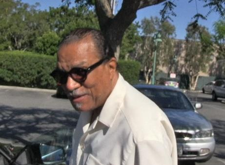 News video: 'Star Wars' Episode VII -- Billy Dee Williams Open to Return